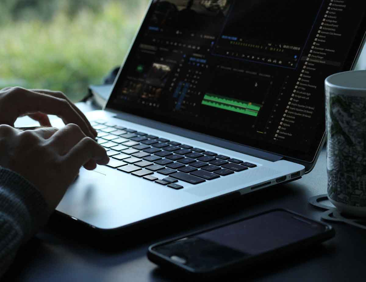Best-Laptops-for-Video-Editing